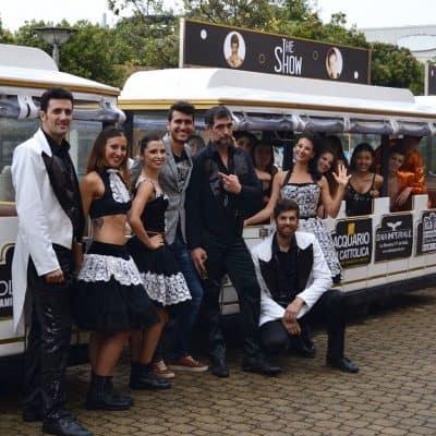 Il cast e gli organizzatori di The Show Riccione il giorno della conferenza stampa