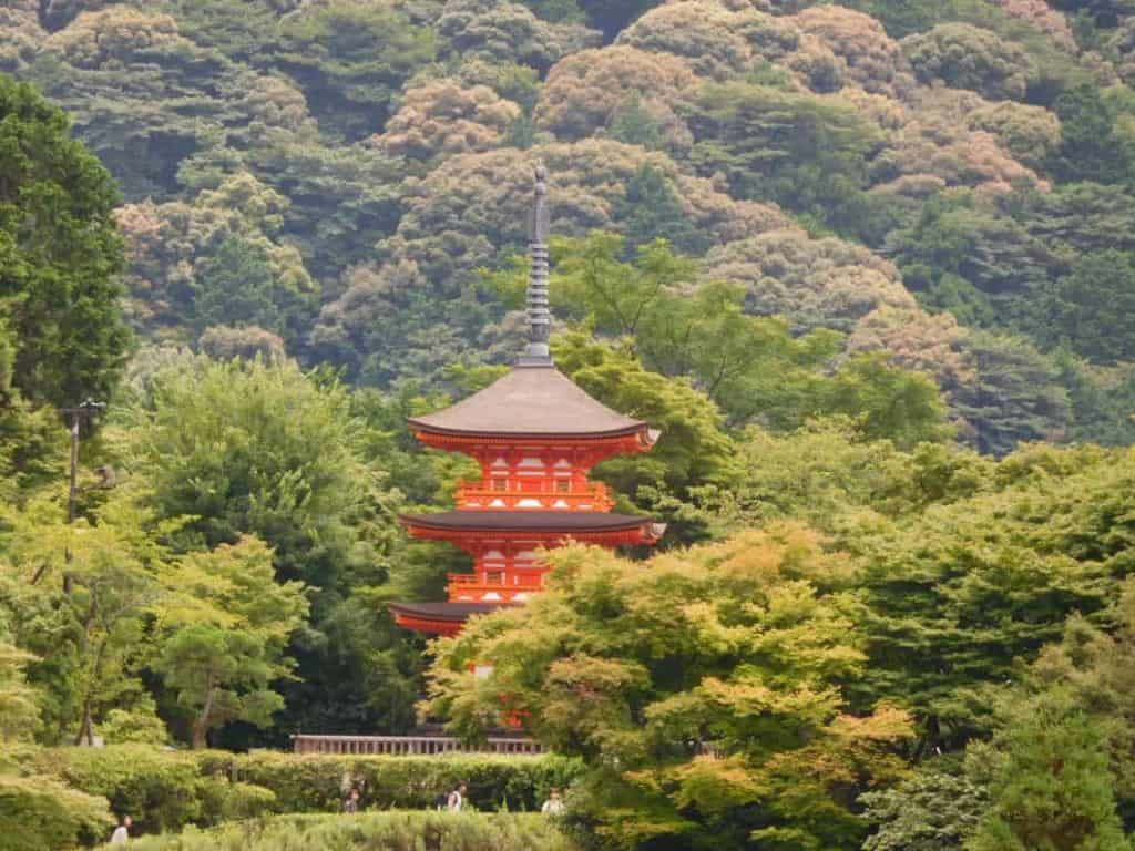 Pagoda nel santuario o tempio di Meiji