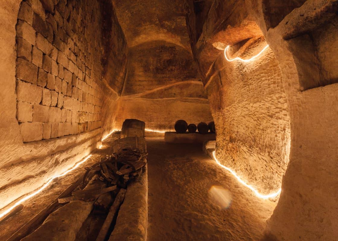 Viaggio al centro della terra: la Gravina sotterranea