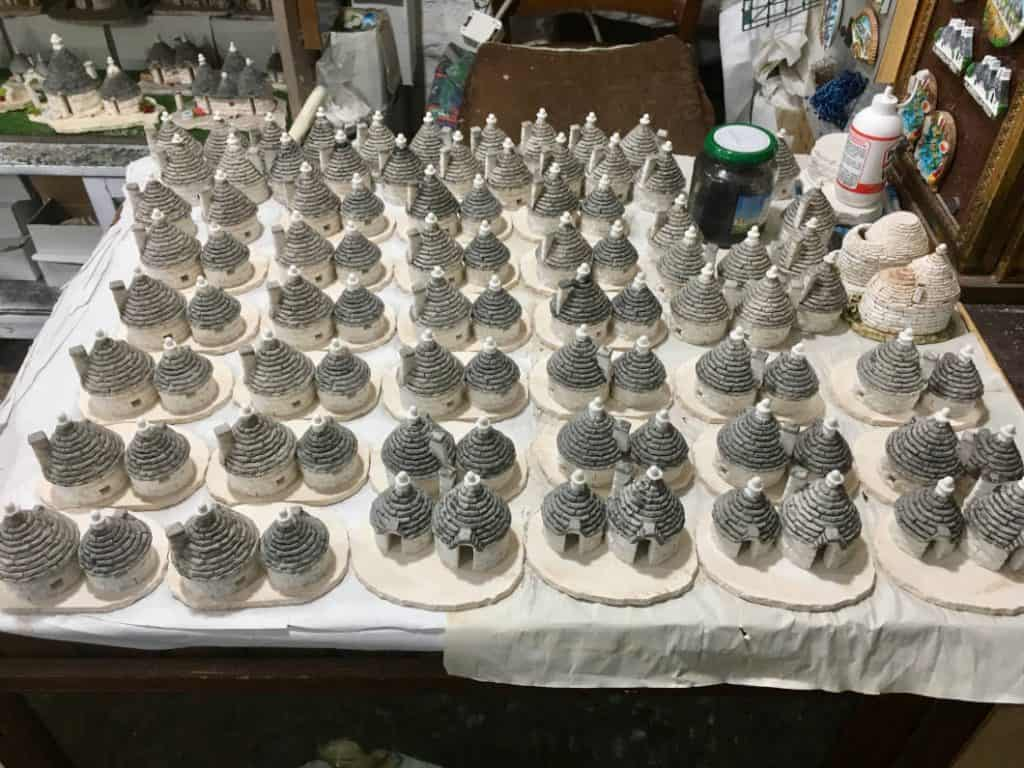 Trulli artigianali in miniatura
