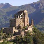 """Interviste itineranti: """"Vivere alla Sacra di San Michele"""" di Don Claudio"""